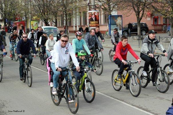 ФОТОРЕПОРТАЖ: В Симферополе открыли велосезон-2013, фото-2
