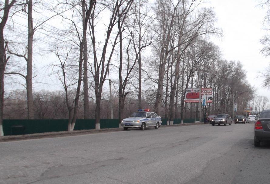 В Ульяновске обычное ДТП снова парализовало движение, фото-1