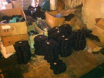 «Адидасовские» кроссовки донецкого пошива продавали через интернет по всей Украине, фото-2