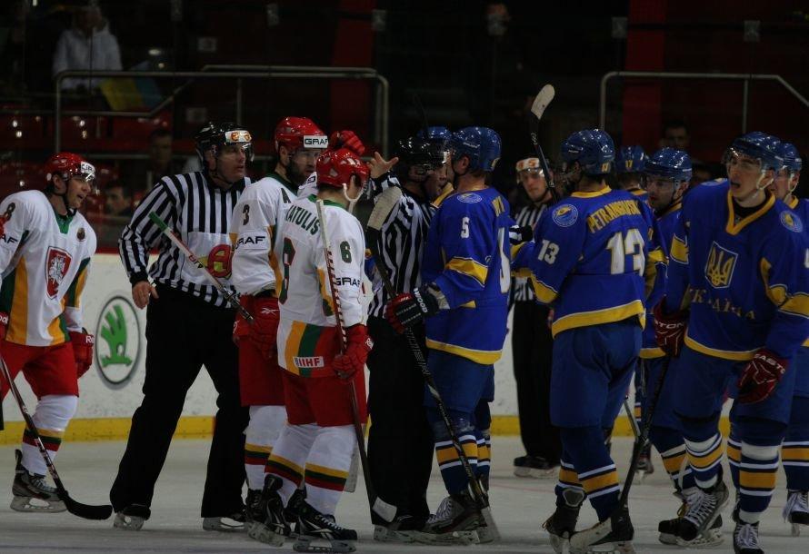 В Донецке украинские хоккеисты разгромили команду из Литвы - третья победа на чемпионате мира (фото), фото-5