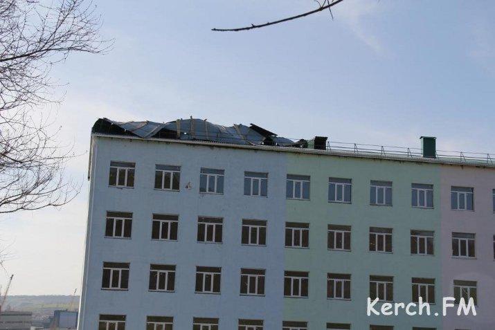 У многострадального дома для военных в Керчи снесло крышу (ФОТО), фото-2
