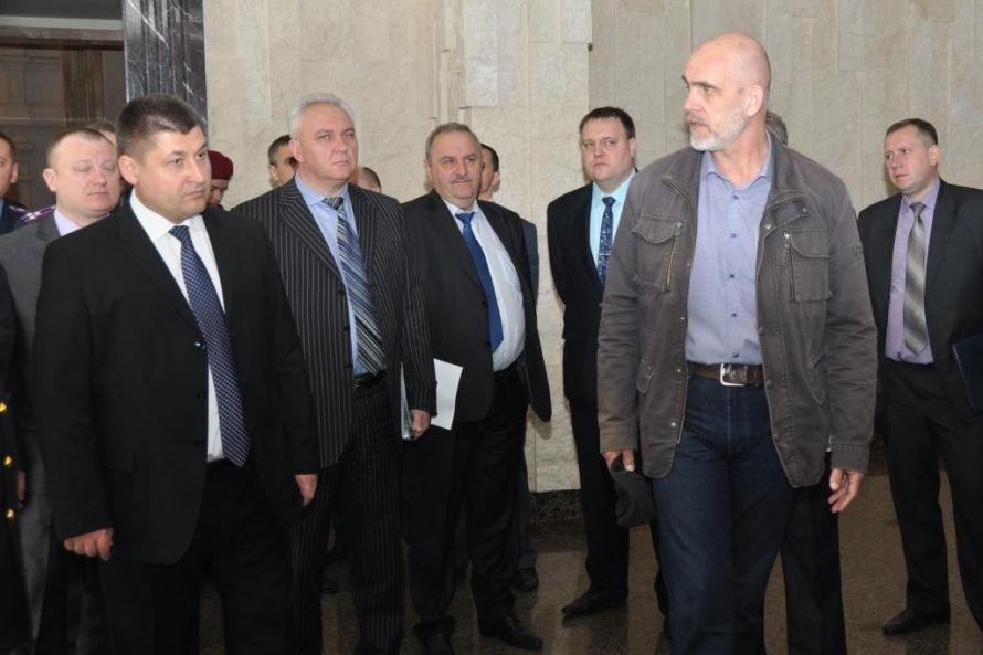 В Днепропетровской синагоге учились обезвреживать террористов, фото-2