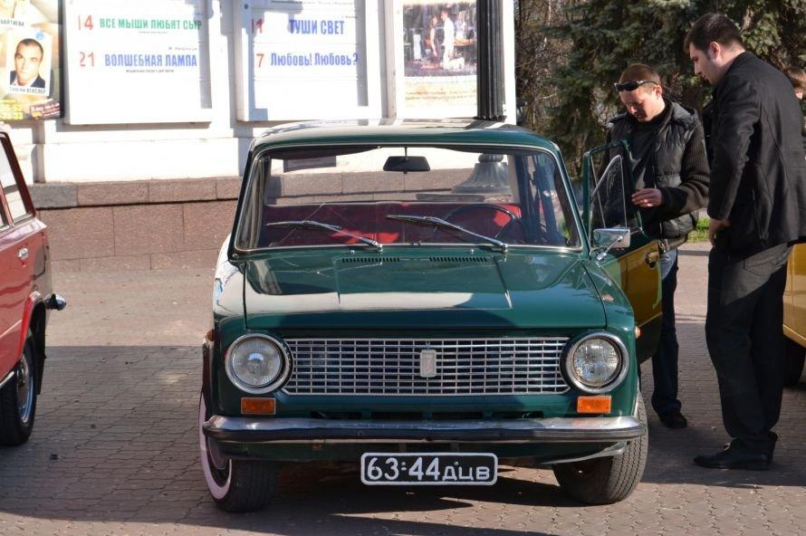 Мариупольцы «запали» на ретро-автомобили (ФОТОФАКТ), фото-7