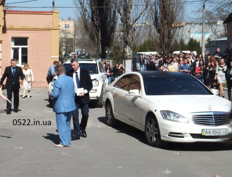 М. Поплавский почтил визитом студентов Кировограда. Фото, фото-1