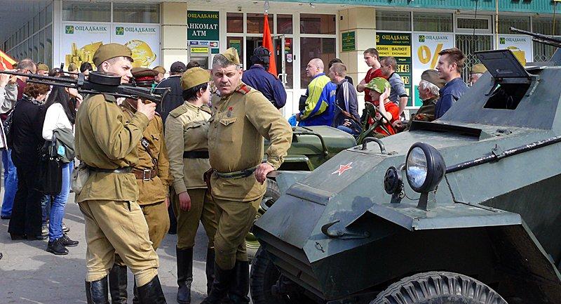 За день до «освобождения» Ворошиловграда в Луганск не пустили немцев (ФОТО), фото-1