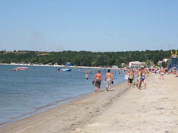 Планируете летний отпуск? Бронирование номеров на Азовском море началось, фото-1
