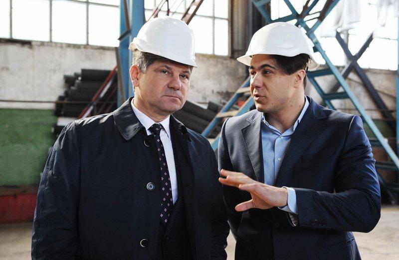 Мэр Кравченко побывал на предприятии  «Лугцентрокуз» (ФОТО), фото-2