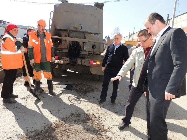 Ямочный ремонт дорог теперь под контролем главы администрации Чебоксар (ФОТО), фото-1
