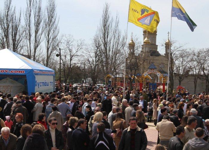Как в Донецкой области испекли самый большой в Украине пасхальный кулич (фотохроника прошлых лет), фото-2