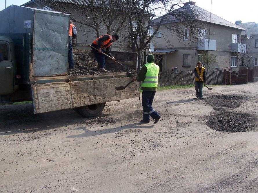 Голову Львівської ОДА «вбила» картина ремонту доріг(ФОТО), фото-1