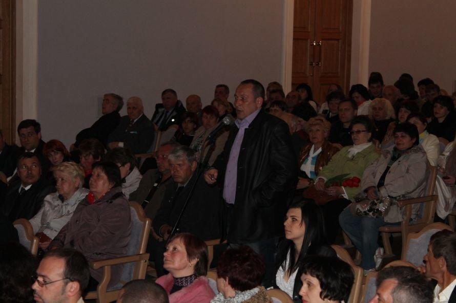 Предсказание Сайта города Артемовска не сбылось: Шинкаренко переизбрали на должность председателя, фото-7