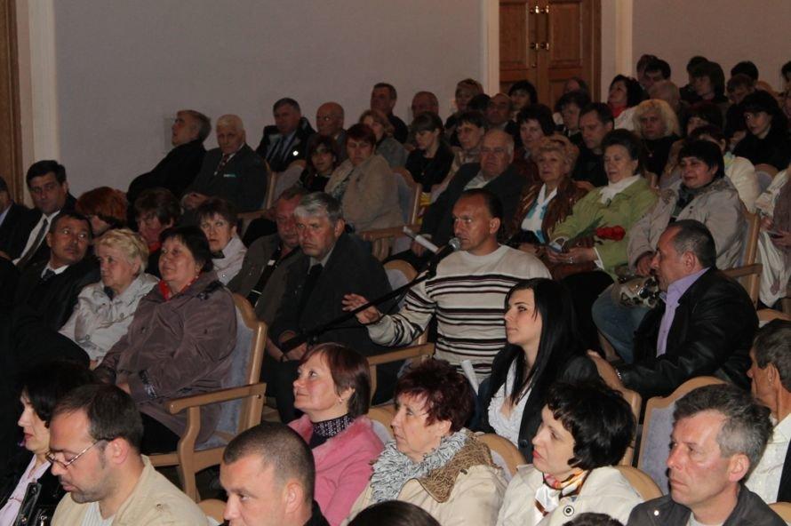 Предсказание Сайта города Артемовска не сбылось: Шинкаренко переизбрали на должность председателя, фото-6