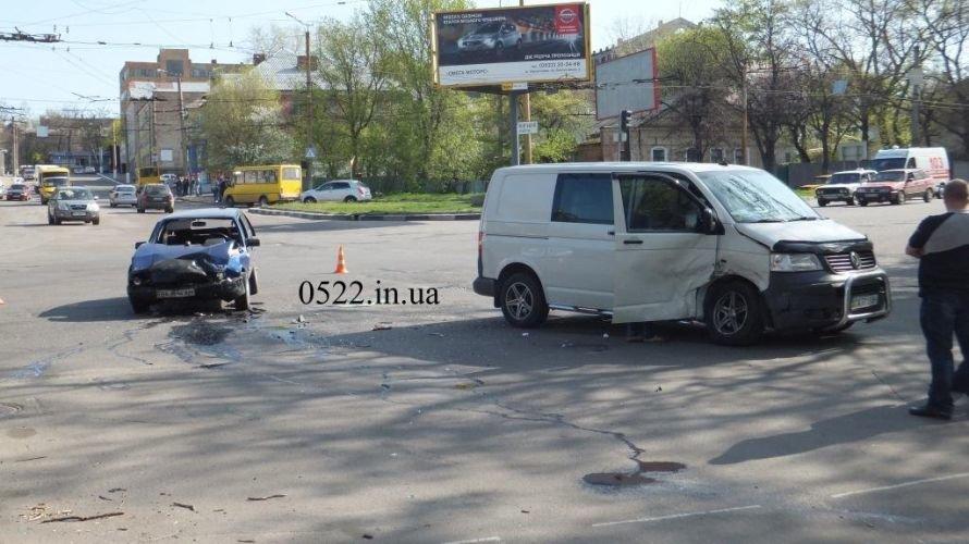 Кировоград: очередное тяжелое ДТП (ФОТО) (фото) - фото 5