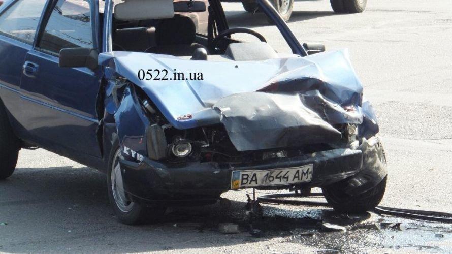 Кировоград: очередное тяжелое ДТП (ФОТО) (фото) - фото 3