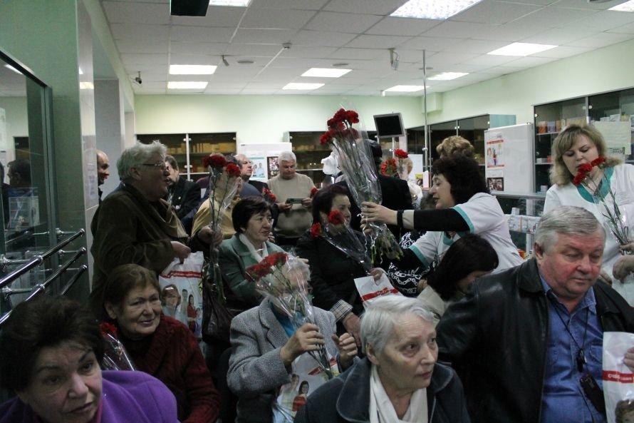 В специализированной аптеке «Ильич-Фарм» чествовали чернобыльцев., фото-2