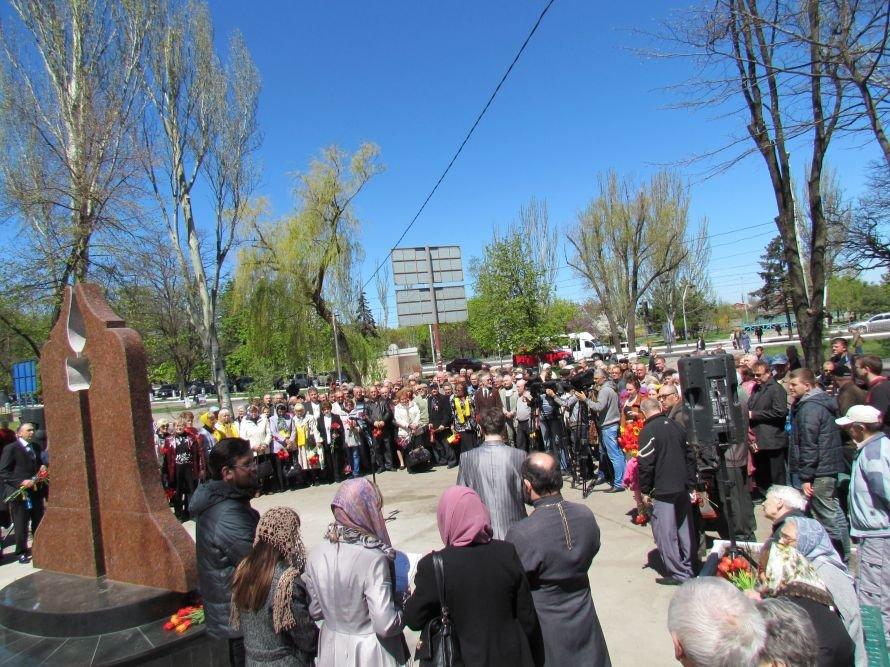 В Мариуполе освятили колокол Чернобыля и помолились о жертвах трагедии (ФОТО), фото-1