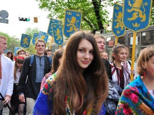 Марш-величі-духу-2013-1
