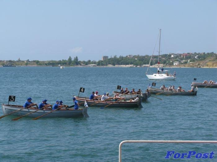 В Севастополе моряки устроили гонки на шлюпках [фото] (фото) - фото 7