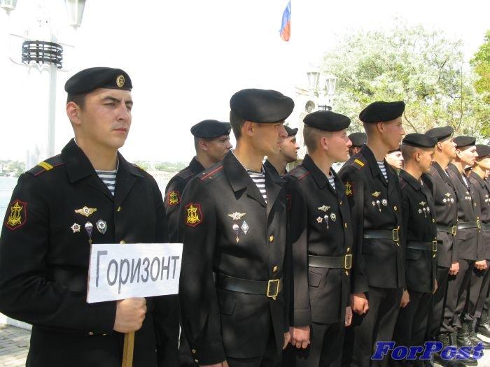 В Севастополе моряки устроили гонки на шлюпках [фото] (фото) - фото 1