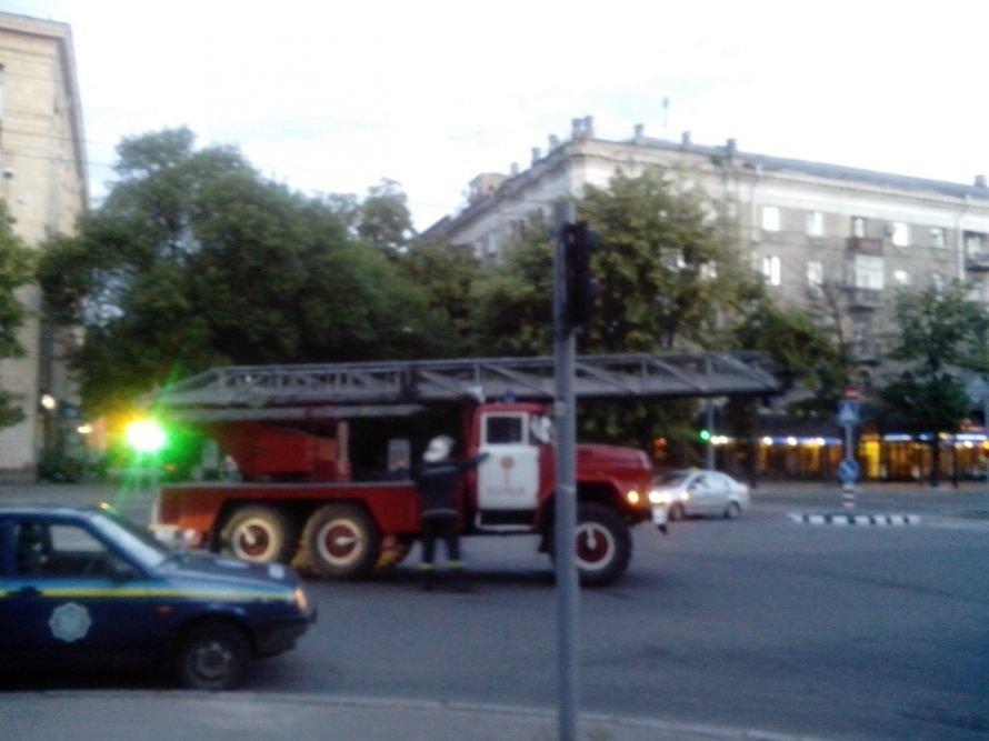 Сегодня ночью произошел пожар в общежитии ХНУРЭ (Фото) (фото) - фото 5
