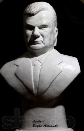 93513325_3_644x461_byust-skulptura-prezidenta-yanukovicha-gips-predmety-iskusstva
