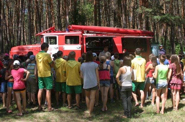 В рамках акции «Безопасный отдых» спасатели посетили лагерь «Орленок» (фото) (фото) - фото 2