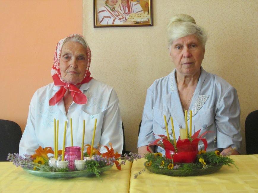Горят свечи памяти