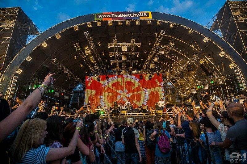 Сцена Фестиваль The Best CityUA-2012
