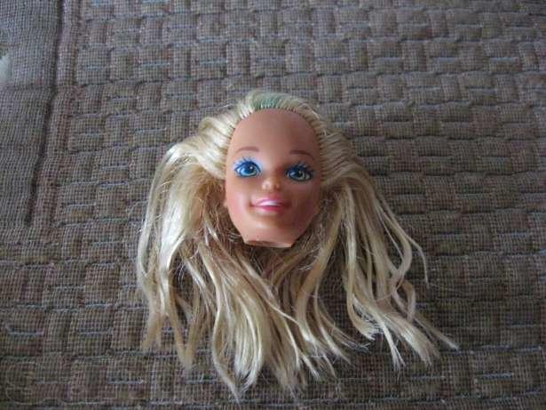 Голова Барби