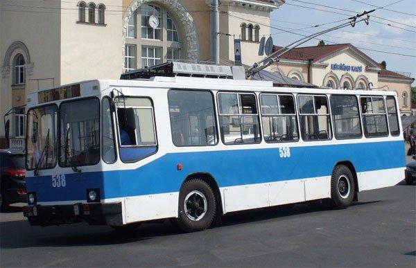 600-10(2)