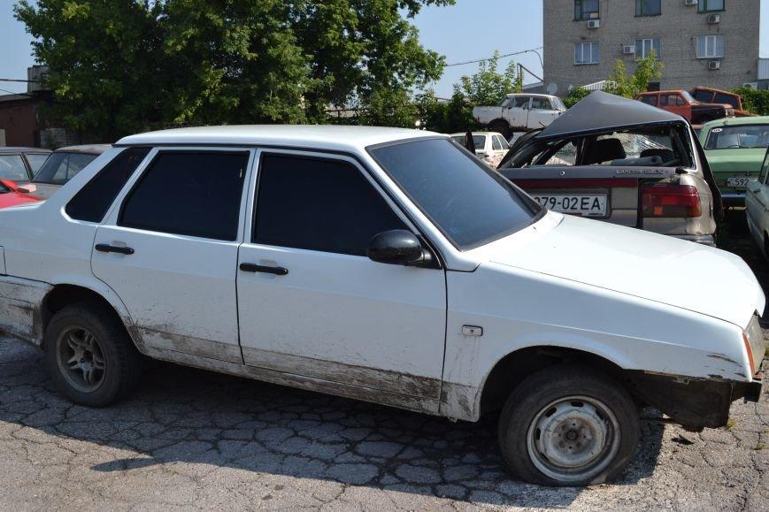 У брошенных авто нулевой шанс покинуть территорию горловской штрафстоянки (Фоторепортаж), фото-5
