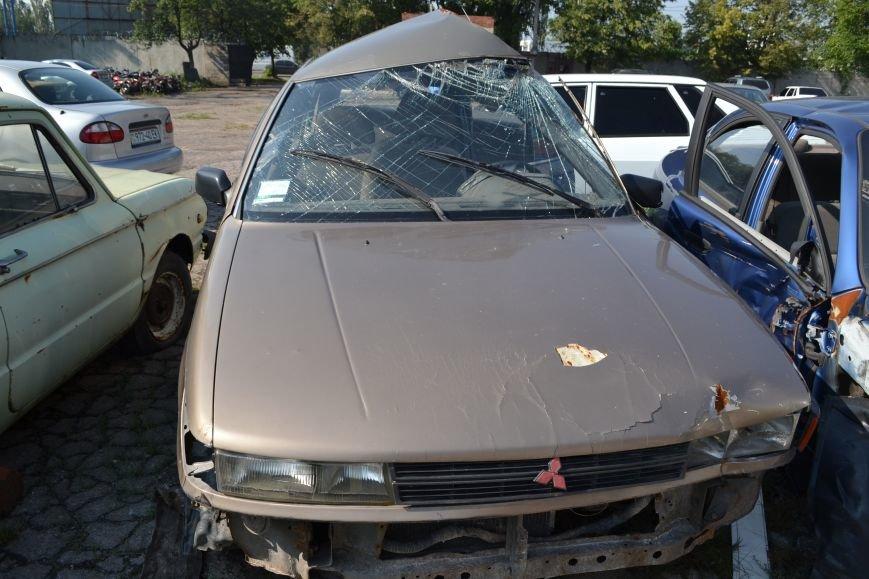 У брошенных авто нулевой шанс покинуть территорию горловской штрафстоянки (Фоторепортаж), фото-2