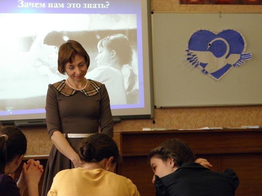 Сайт города Артемовска выдвинул восемь номинантов на конкурс «Человек года» (фото) - фото 2