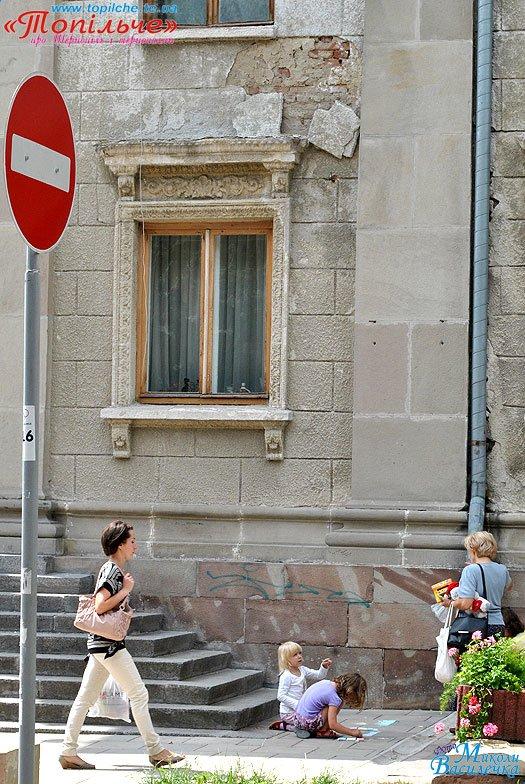 teatr-plytka3582