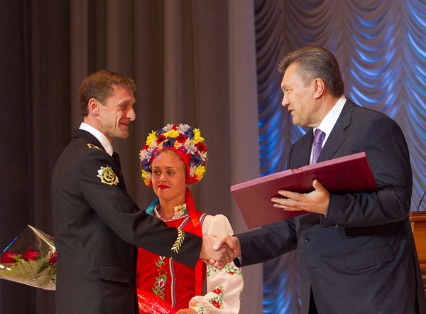 Мокринских и Янукович+