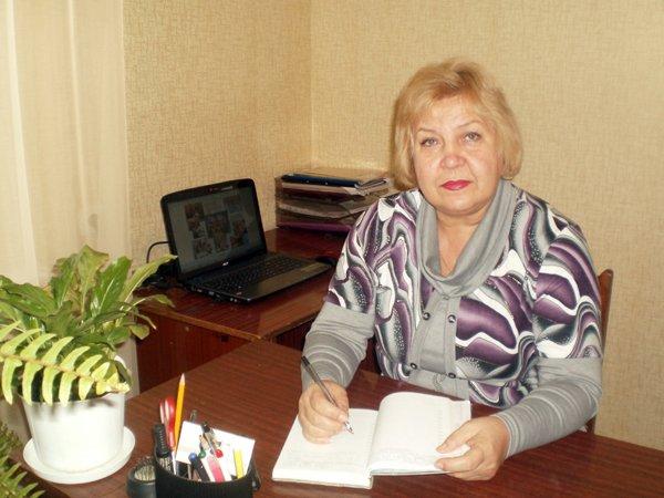 директор ДДТ Калининского района Гаркуша Н.В.