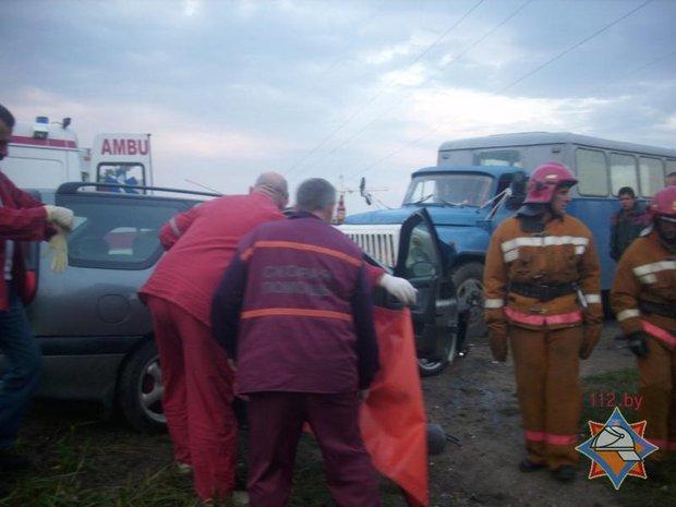 20130913_Гродненская область_Лида_авария_сотрудники МЧС-1