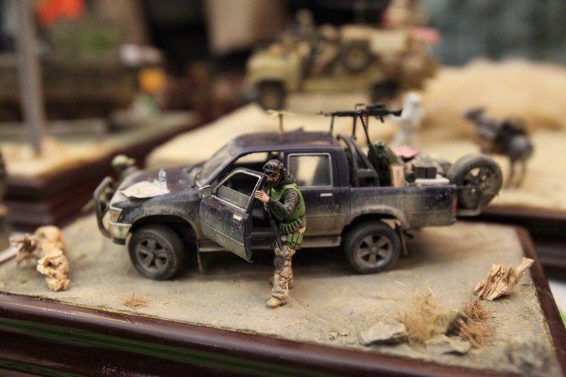Model_Fest2012_expo_ZDP_7384_LUFA