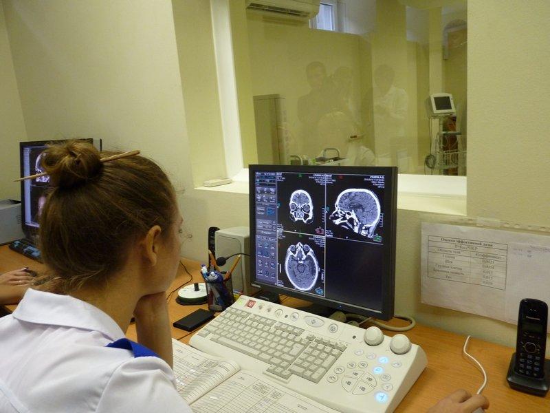 За подаренный Севастополю чудо-томограф платил не президент [фото] (фото) - фото 9