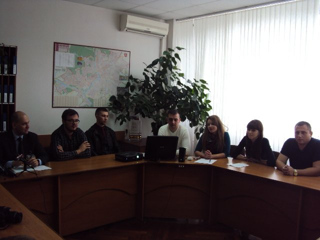 прес-конференція (1)