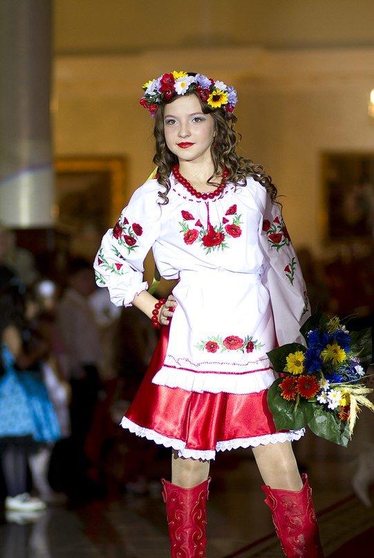 В Луганске состоялся детский бал «Золотая осень» (ФОТО) (фото) - фото 2