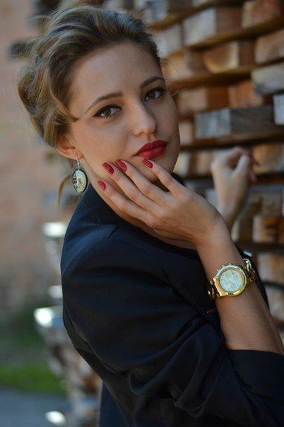 Руслана, 18 років