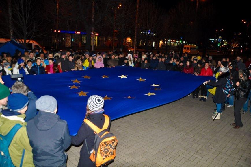 28 ноября: Срыв студенческой акции за ЕС, вечерний «Евромайдан», а прокуратура требует вернуть Дрозденко в СИЗО (ФОТО), фото-2
