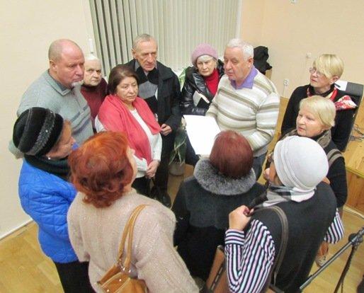 20131129_гродно_пенсионеры_школа золотоговека_собирают на реконструкцию и ремонт_хоральная синагога-1