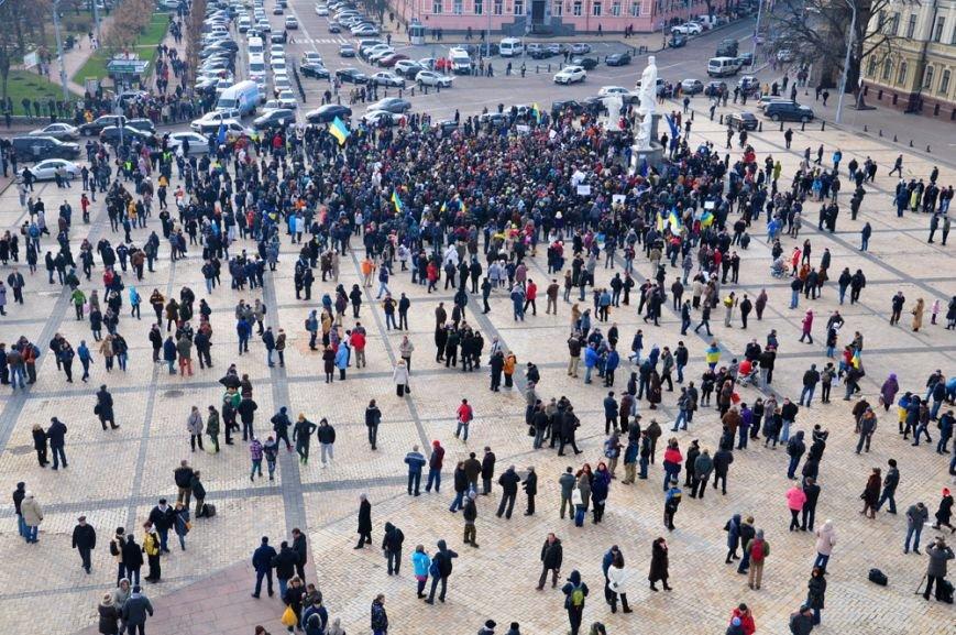 Время «Евромайданов» - мечта смешанная с кровью (фото), фото-14