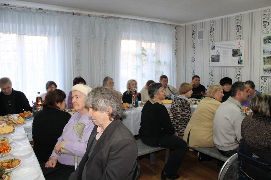 Артемовские инвалиды пожаловались мэру на его помощников, фото-5