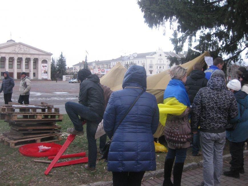Организаторы Евромайдана в Чернигове нашли способ обойти запрет суда (ФОТО), фото-5