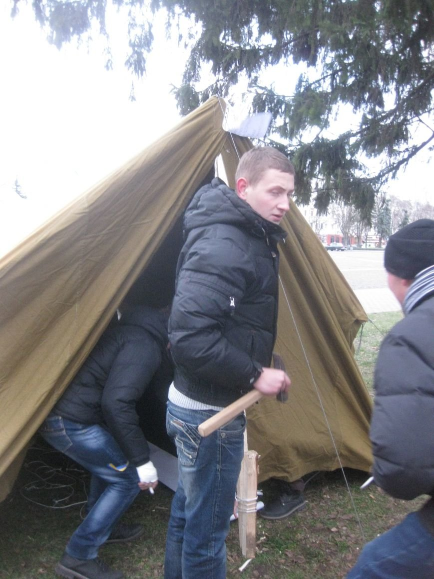 Организаторы Евромайдана в Чернигове нашли способ обойти запрет суда (ФОТО), фото-4