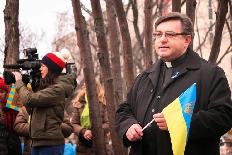 Українці в Канаді поставили хрест на Президенті (ФОТО), фото-11