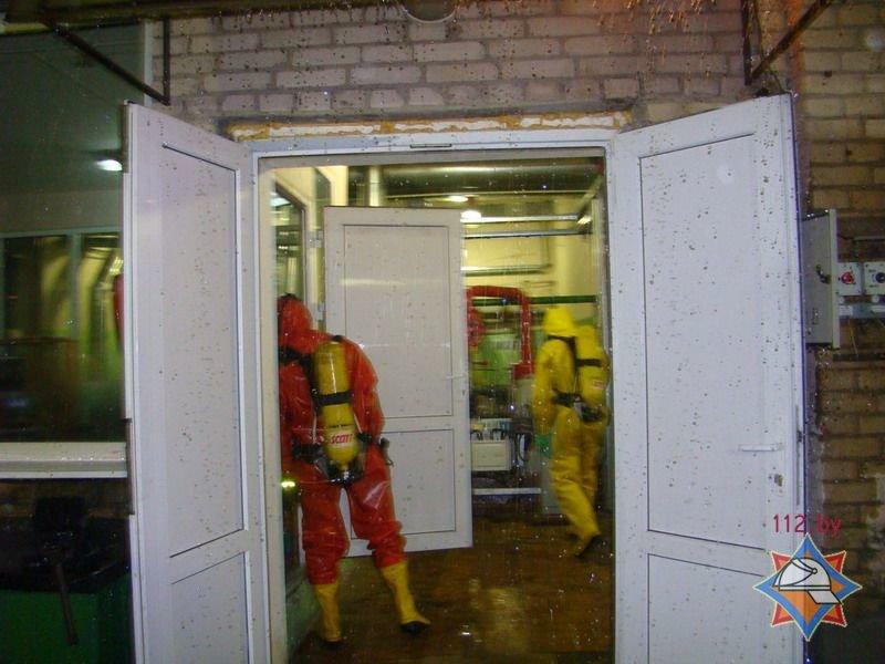 20131204_гродно_область-мчс_взрыв аммиака_слоним_маслосыродельный завод-3